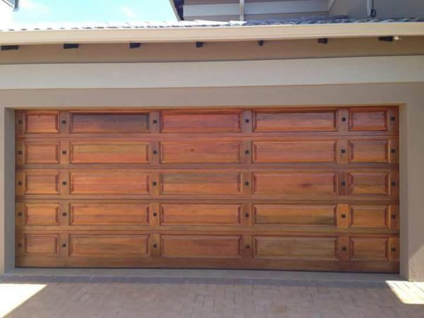 Garage Door Double-Tuscan-with-studs